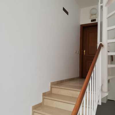 Pintura interior caja de escalera