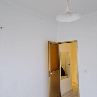Proyecto pintura interior de vivienda y caja de escaleras.