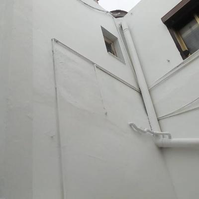 Proyecto de pintura patio de luz edificio de 2 plantas y impermeabilización de azotea