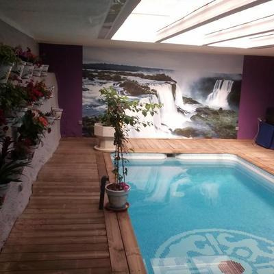 Sala de juegos y piscina climatizada