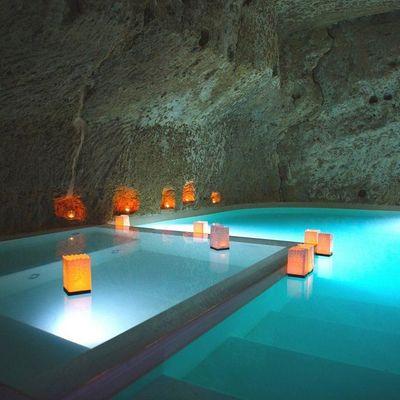 7 piscinas de interior para quitarnos el mono de verano