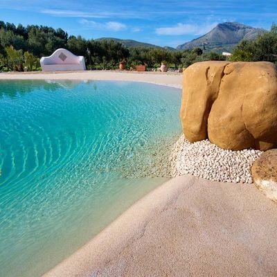 Piscinas de arena: disfruta de la playa en casa