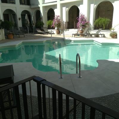 Pîscina en Hotel NH Amistad (Córdoba)