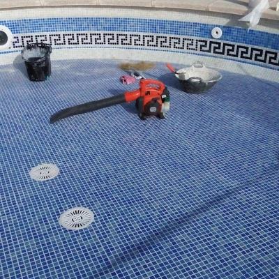 Restauración de piscina pequeña