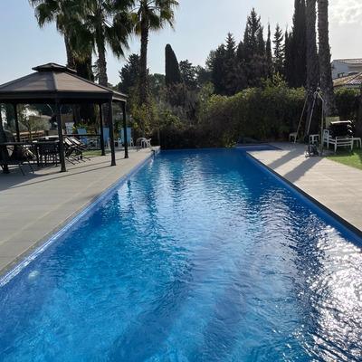 Reparación con Liner de piscina con fugas