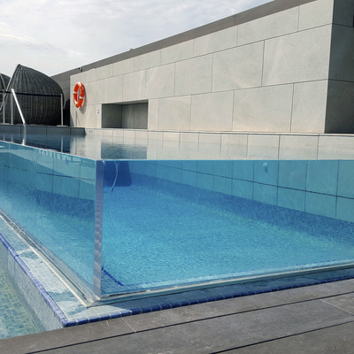 piscina transparente Aquadec 4