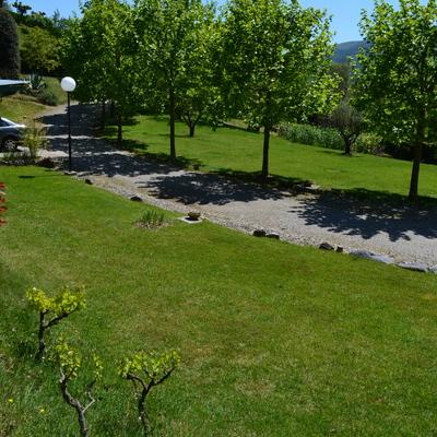 Mantenimiento de un jardin de 6000 metros cuadrados