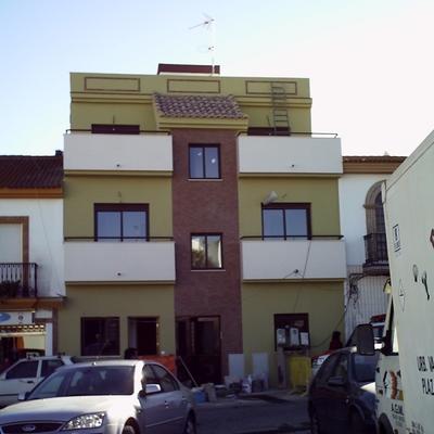 Plaza Canovas con C/ Caracas. Aljaraque (Huelva).
