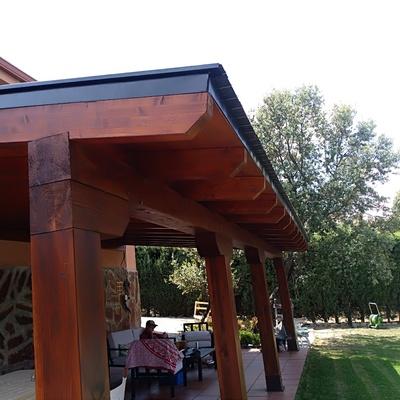 Instalación de porches con tejado de pizarra