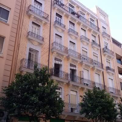 Restauración de Fachada de Edificio de 12 Viviendas en Valencia