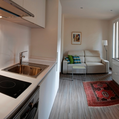Una vivienda de 30 m2 que gana en amplitud y frescura