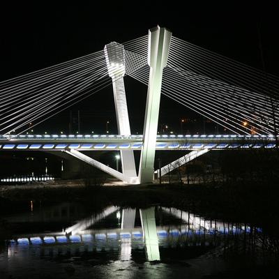 Iluminación del Puente de Viana