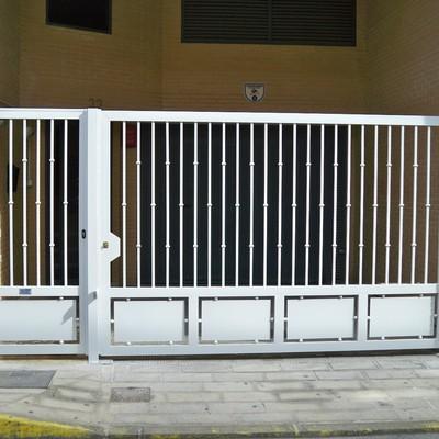 Puerta batiente modelo amatista