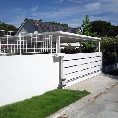 Puerta corredera para acceso garaje