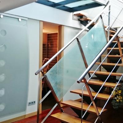 Pincel cristal .Apartamento de diseño basado en la Luz y el Cristal