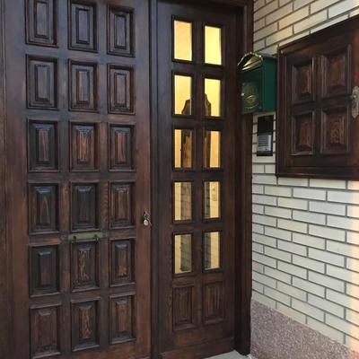 Restauración de puerta exterior