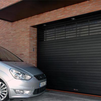 Puertas Automáticas para garaje, comercio, industrial en Alicante