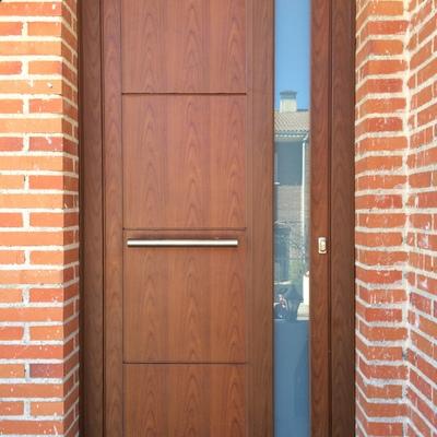 Puerta panelada, Madrid