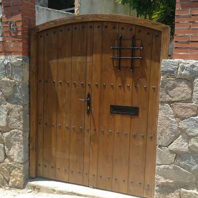 Sustitución de puerta de chalet