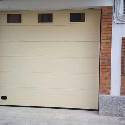puerta seccional 3500×3200