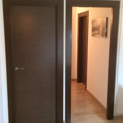 puerta y paso de puerta wengue