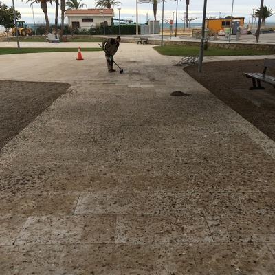 Limpieza Plaza en Hospitalet de l'Infant