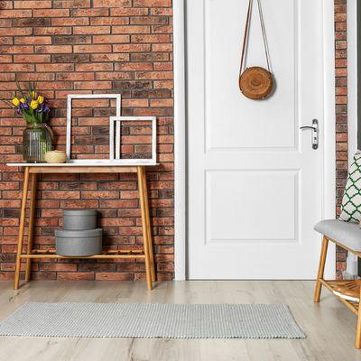 8 Ideas que puedes robar de los mejores halls pequeños