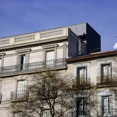 Recubrimiento De Fachada y Marquesina, Madrid