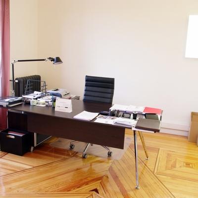 Ideas y fotos de despacho ejecutivo para inspirarte for Decoracion de despachos de abogados