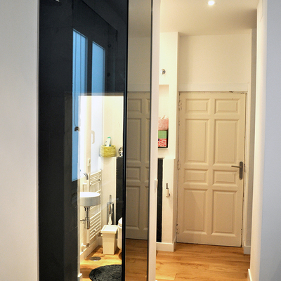 Un piso con sorpresa en el dormitorio
