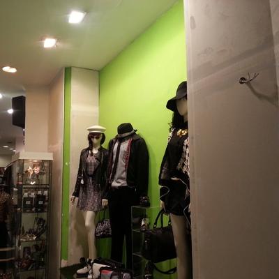 Decoración tienda de ropa