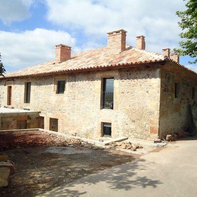 Rehabilitacion de antigua caseria