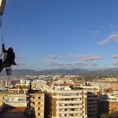 Rehabilitacion de fachada trasera, a 45m de altura en Reus