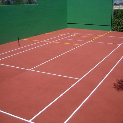 Rehabilitación y Pintura Pista De Tenis