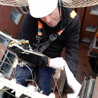 Mantenimiento de tejados, limas, canalones y bajantes