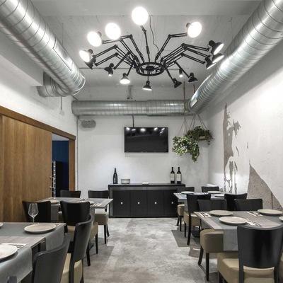 Dirección, coordinación y construcción de un restaurante en A Coruña