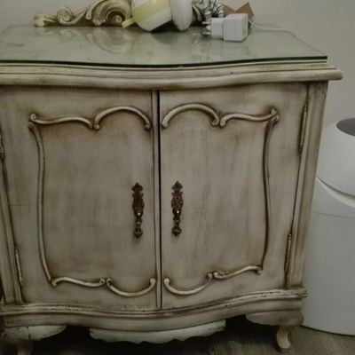 Restauración y decapado en muebles