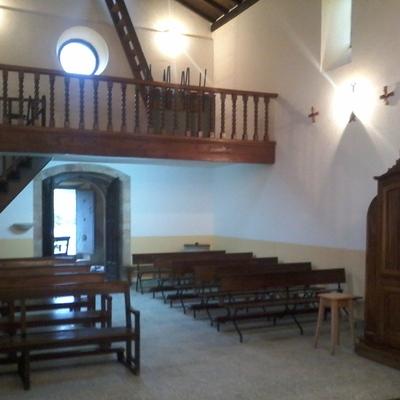 Restauración y pintura en la iglesia de Sales en Colunga, Asturias