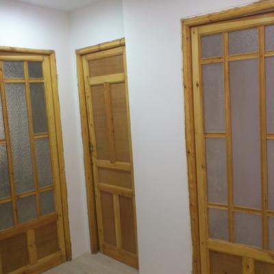 Restauracion de puertas antiguas en pino macizo