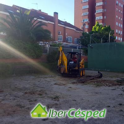 Creación parque infantil en instalaciones de comunidad de vecinos