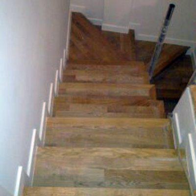 Presupuesto revestir pelda os escalera online habitissimo for Materiales para hacer una escalera