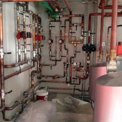 Sala calderas calefacción y A.C.S. con energía solar