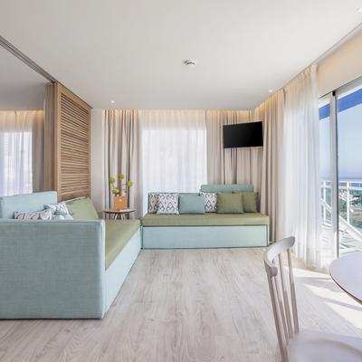 Suite inspirada por la luz y el color del Mediterráneo