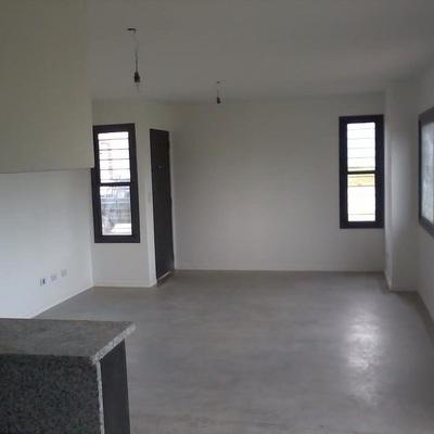 Vivienda Unifamiliar Ubicada En Una Parcela Rústica De 10.500 M2 Con Un Presupuesto Inferior a 50.000 Euros