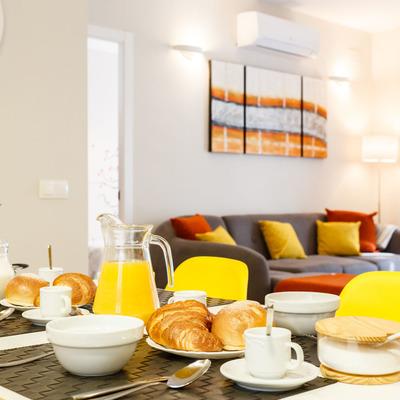 Ideas y fotos de sillas amarillas comedor para inspirarte for Sillas amarillas comedor