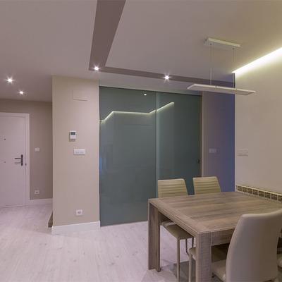 Un apartamento de 75m² que ganó un nuevo baño y un vestidor