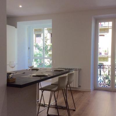 Reforma despacho de abogados a vivienda minimalista