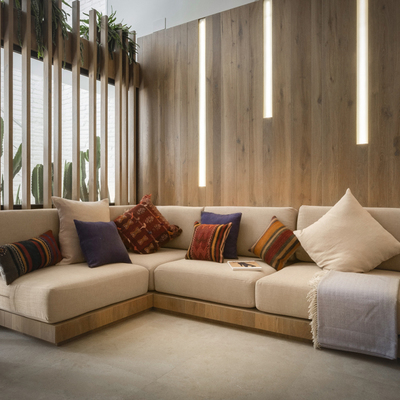 Salón con sofá esquinero