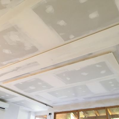realización de falsos techos en unifamiliar