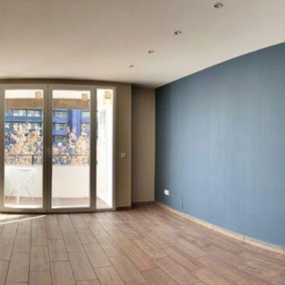Salón y pasillo repartidor